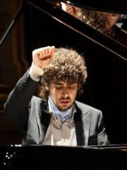 Federico Colli, piano